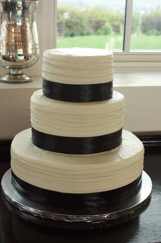 Cake Decorating Littleton Co : Wedding Cakes, Cupcakes, and Desserts in Littleton, Denver ...